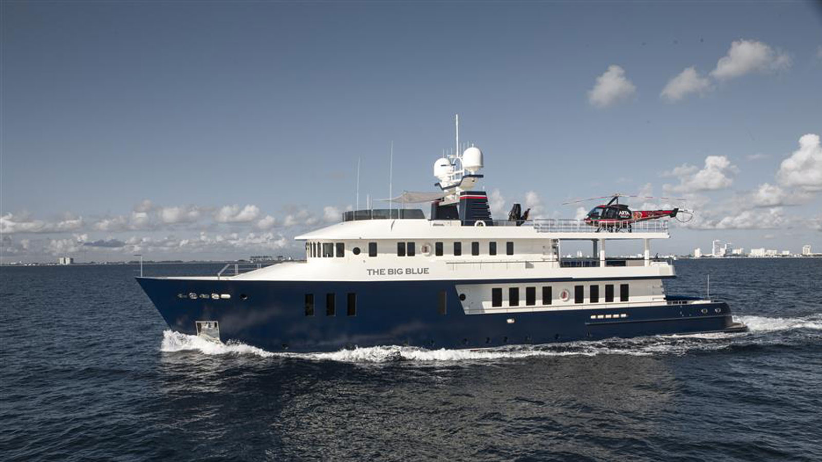 Luxury motor yacht The Big Blue at sea